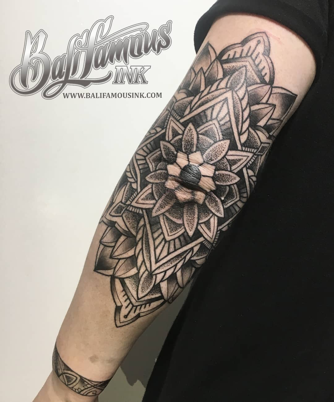 arm-mandala-tattoo-bali-tattoo-artist-best-kuta